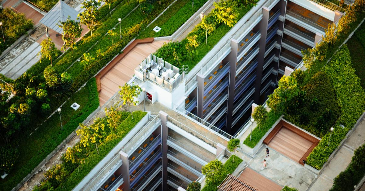 Diverse soluzioni di tetto verde, dalla copertura al giardino pensile