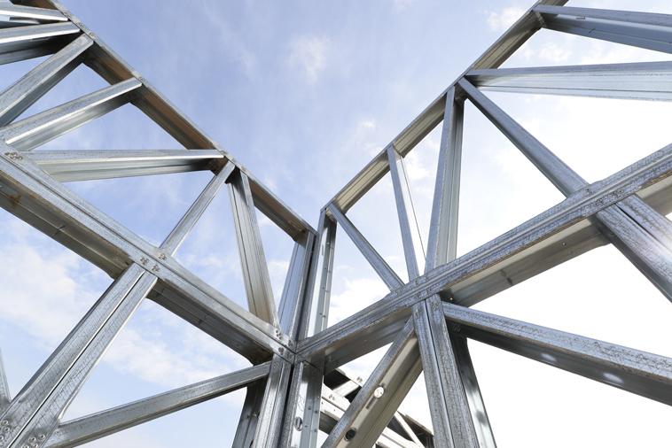 Sistemi costruttivi industrializzati in acciaio: esempi e campi applicativi